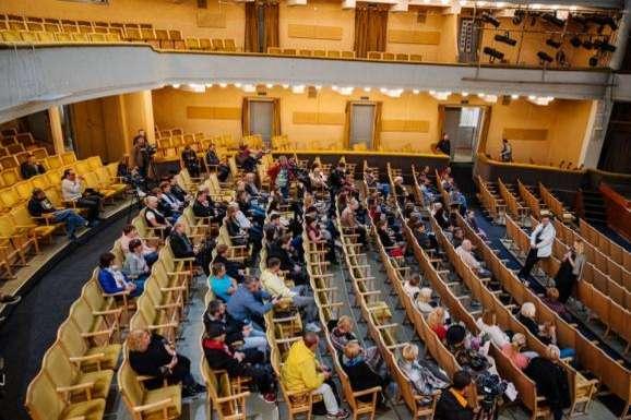 Суд постановив закрити Український театр в Одесі