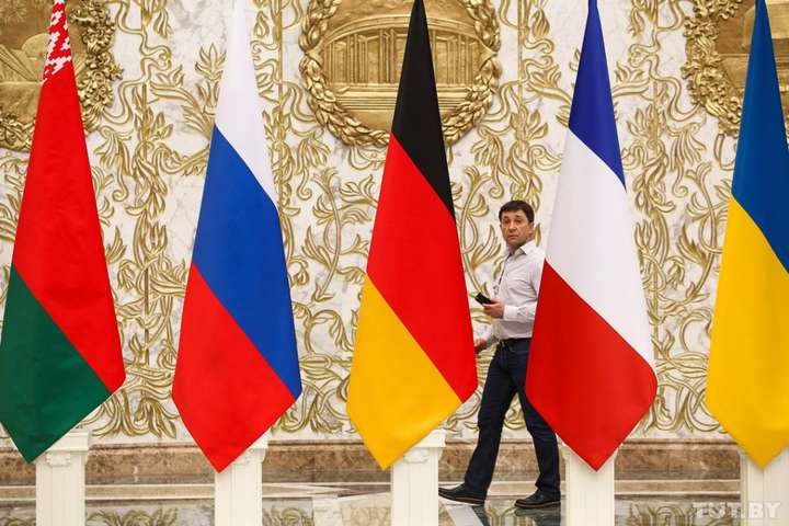 <p>Російський дипломат заявив, що «в нинішніх умовах не може бути ніякого «плану Б» Об этом сообщает <a href=