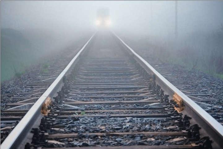 Поліцейські встановлюють всі обставини події — У Рівненській області чоловік потрапив під потяг