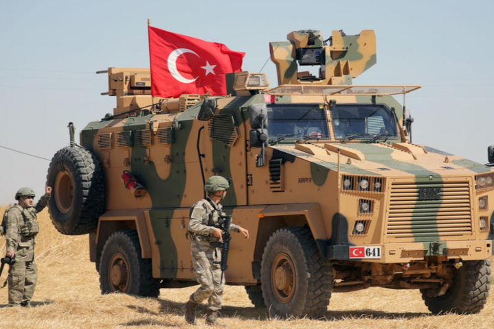 Туреччина стягує війська на кордон із Сирією — Війна у Сирії: США відмовилися брати участь у військовій операції Туреччини