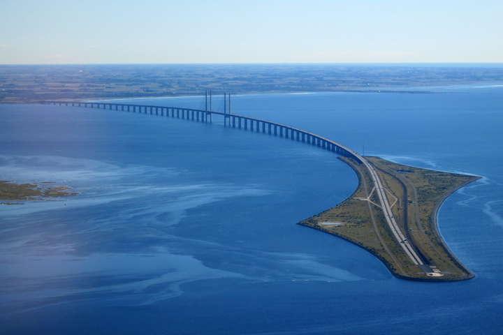 Ересунський міст між Данією і Швецією - Данія тимчасово встановить контроль на кордоні зі Швецією