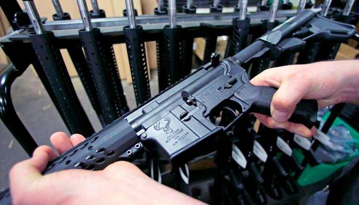 Президент розповів, як ставиться до легалізації зброї Україні
