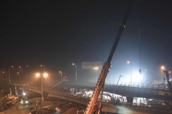 У Китаї обрушився міст: є жертви
