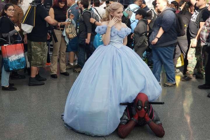 Креативні відвідувачі Comic Con-2019 в Нью-Йорку. Неймовірно яскраві фото
