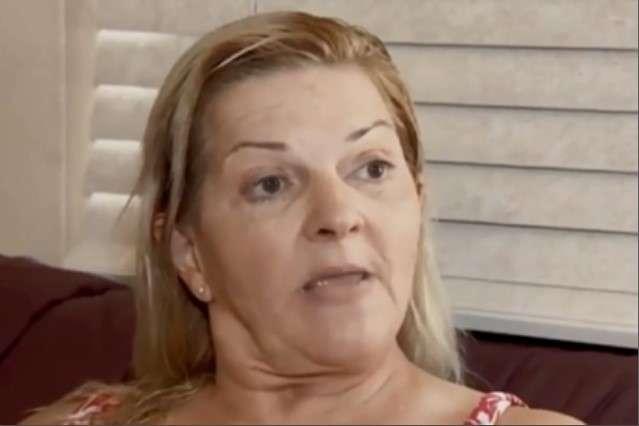 Ліза Скарбороне може подати на майстра судовий позов за недбалість - Жінка сходила на педикюр, впала в кому і залишилася без пальців ніг