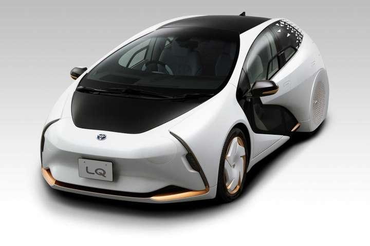 Машина буде спілкуватися з іншими учасниками руху і пішоходами - Toyota презентувала конценпт автомобіля, що шукатиме для водія музику і місце для парковки