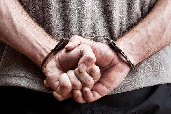 У Торецьку чоловік жорстоко вбив продавчиню через політику. Вбивцю посадили на 12 років