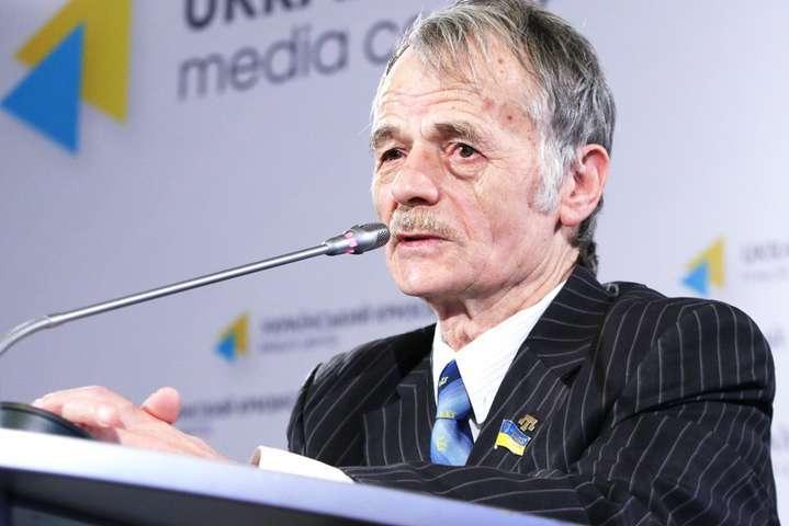 <p>&laquo;Я розумію, президент дуже зайнятий&raquo;, — зауважив Джемілєв</p> <p> — Джемілєв пожурив Зеленського за його «забудькуватість» щодо уповноваженого у справах кримських татар»></p></div> <div class=