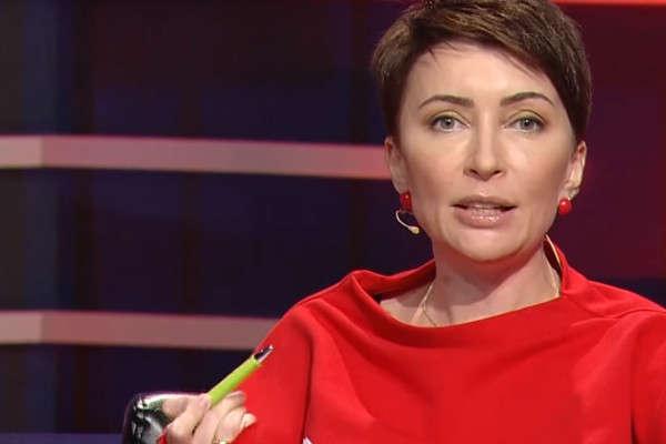 Олена Лукаш - ГПУ викликала на допит як підозрювану ексміністра часів Януковича Лукаш