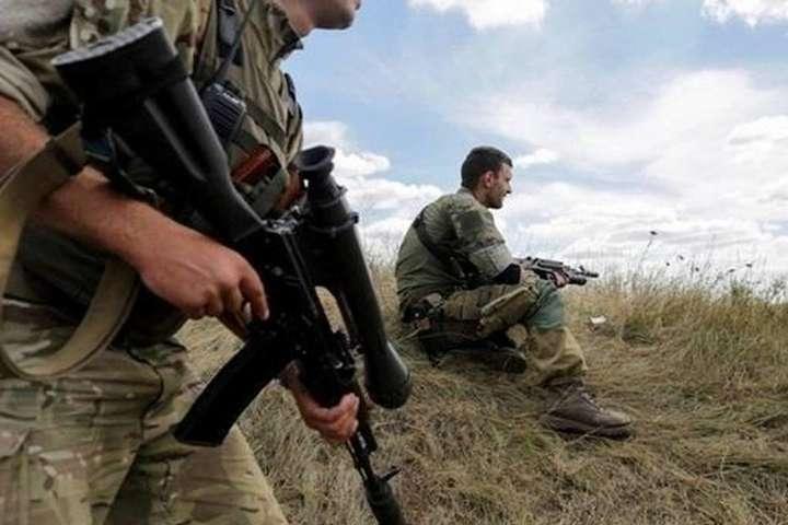 Цієї доби збройні формування РФ та її найманці 11 разів порушили режим припинення вогню – двох бійців поранено