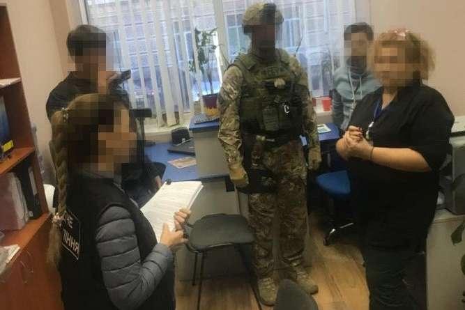 $300 за дозвіл: в Одесі моряки платили відкати за вихід у рейс