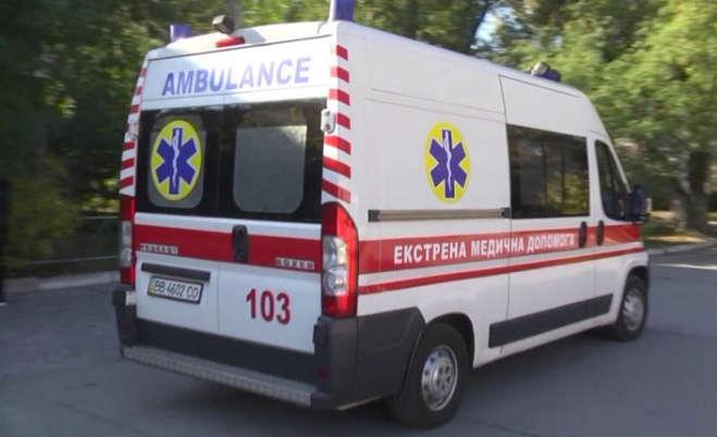 На Буковині 14-річний хлопець грався на майданчику та раптово помер