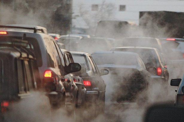 У ДСНС поінформували щодо стану забруднення повітря на території України