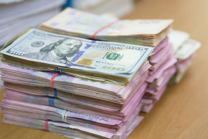 В Україні дорожчає долар: курс валют на 5 листопада