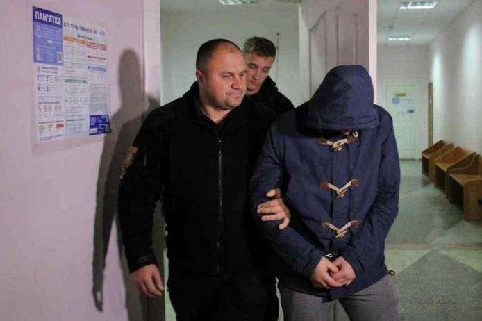 На Одещині взяли під варту підозрюваного у вбивстві 14-річної дівчинки