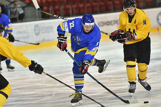 Українці зламали опір литовців лише в серії буллітів — Українська збірна з хокею перемогла в стартовому матчі Турніру чотирьох націй