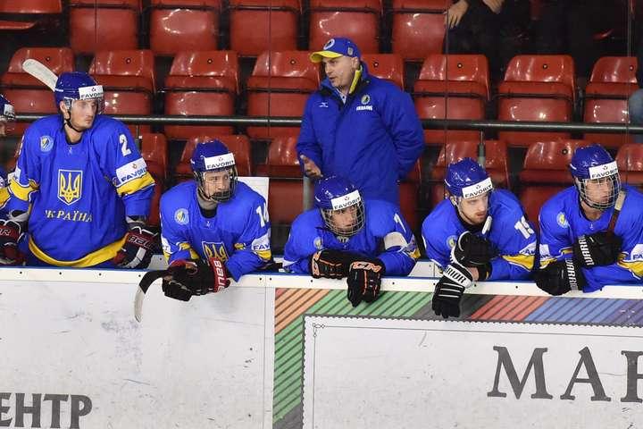 Після матчу з поляками Олегові Ігнатьєву і його підопічним є над чим задуматися — Українці розгромно програли полякам у хокей