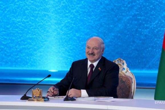 Президент Білорусі Олександр Лукашенко - Лукашенко вперше за три роки відвідає країну ЄС
