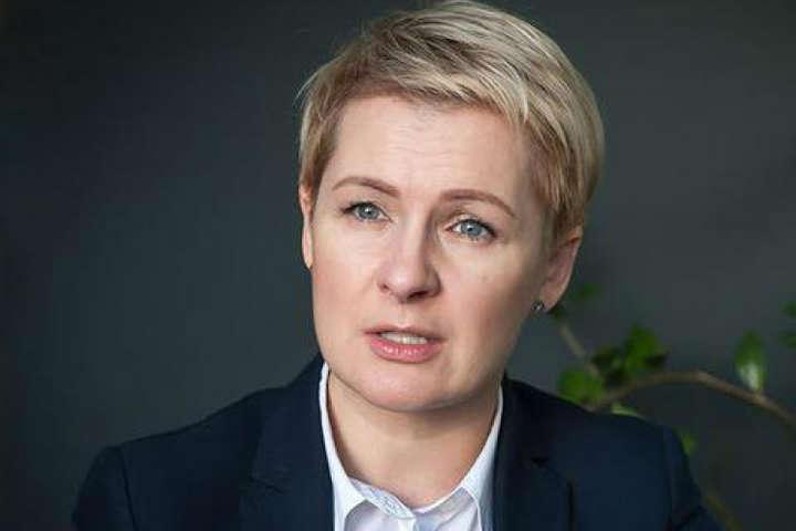 Член Ради громадського контролю НАБУ юристка Тетяна Козаченко — Не виключаю тиску на свідків, бо розумію, яким чином проводились обшуки, — юристка про справу VAB банку