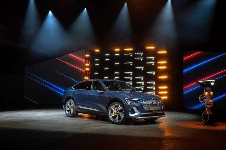 Audi e-tron Sportback- Появились