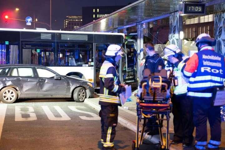 На трассе «Одесса-Рени» рейсовый автобус насмерть сбил пешехода