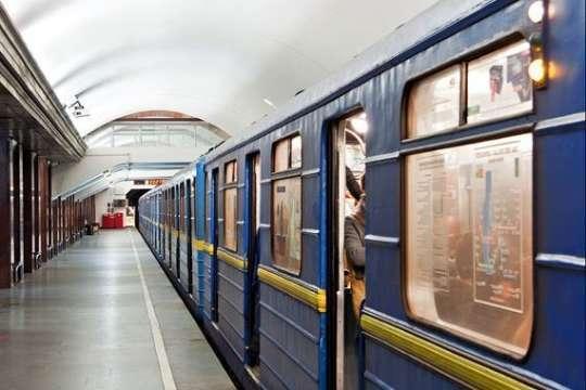У Києві на вихідних можливі обмеження у роботі метро