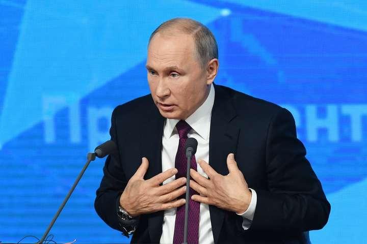 Вже більше половини молоді в Росії хоче виїхати з країни — опитування