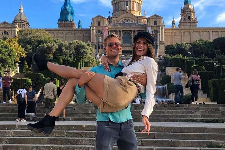 Подружжя спортсменів тішиться нетривалим відпочинком перед стартом нового сезону - Найгарніша спортивна пара України поділилася фото з відпочинку