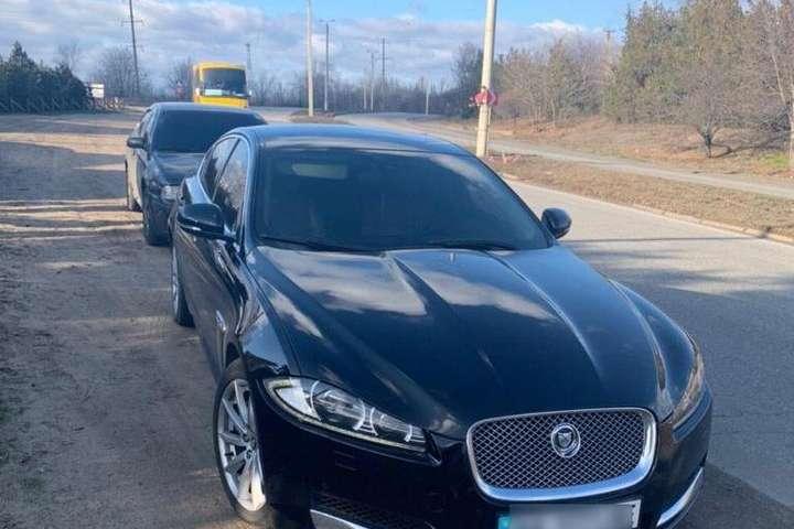 «Автопарк» зловмисників вміщував автомобілі Jaguar, Lexus, Range Rover та ін. - На Київщині поліція затримала озброєну банду «елітних» автокрадіїв (фото, відео)