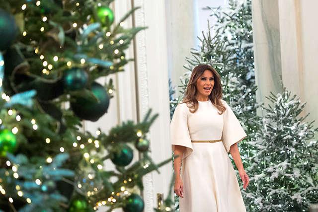 Мелания Трамп показала, как украсили Белый дом кРождеству