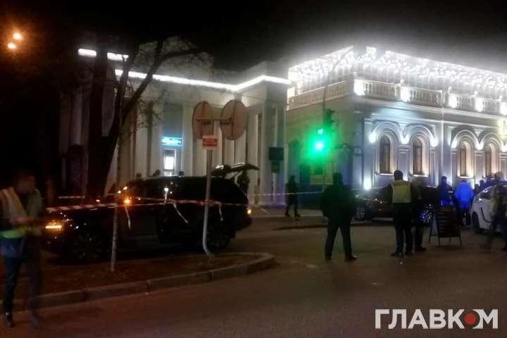 <p>Обстріл автомобіля В'ячеслава Соболєва стався біля столичного ресторану «Маріо»</p> — Вбивство дитини депутата в Києві: затриманим оголошено підозру