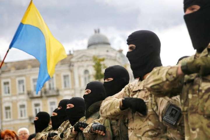 Кремлівські медіа-ресурси намагаються зобразити всіх добровольців бандитами і вбивцями