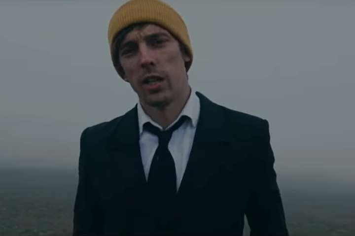 Футболіст зазначає, що для нього спів - можливість висловити свої емоції - Український футболіст змінив бутси на мікрофон і презентував перший кліп