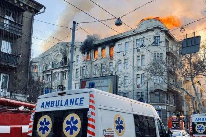 Кількість постраждалих внаслідок пожежі зросла до 29 - Пожежа в коледжі Одеси: місцезнаходження 13 осіб досі невідоме