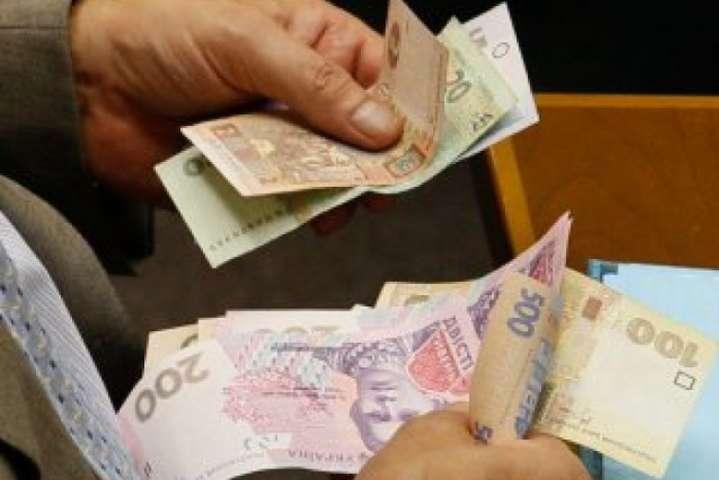 Більше 400 тисяч переселенців мають проблеми з отриманням пенсій