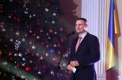 Фото: — ВіталійКличко провів у мерії дипломатичний прийом з нагоди Нового року та Різдва