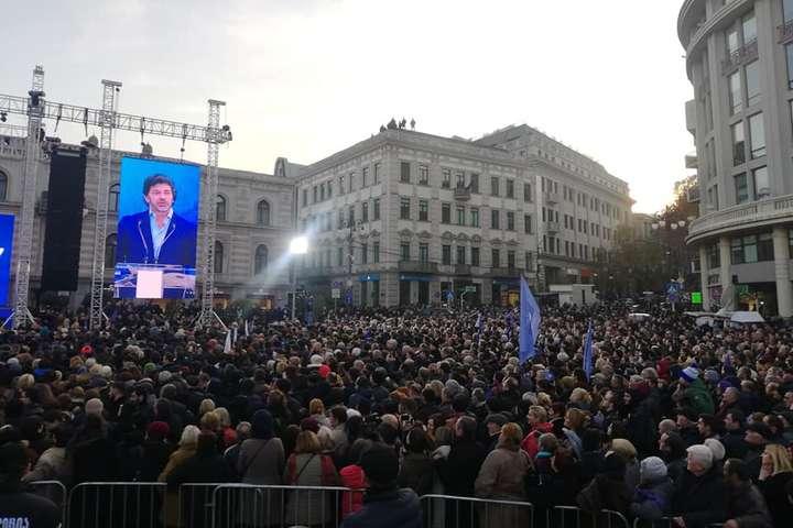 На акцію вийшло близько 50 тисяч людей - У столиці Грузії відбувся мітинг на підтримку європейського курсу країни