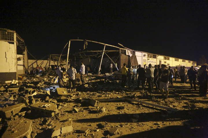 У Тріполі відновилися важкі бої за контроль над столицею Лівії