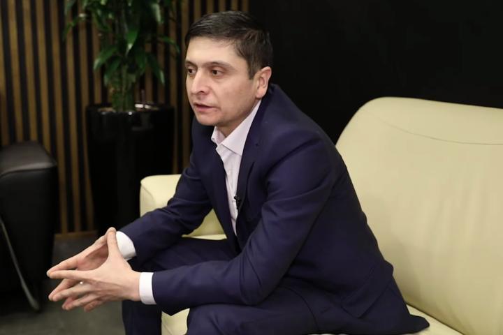 Двійник Володимира Зеленського Умід Ісабаєв