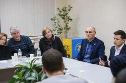 Фото: — Володимир Зеленський:Ми зі свого боку робимо все можливе для встановлення правди