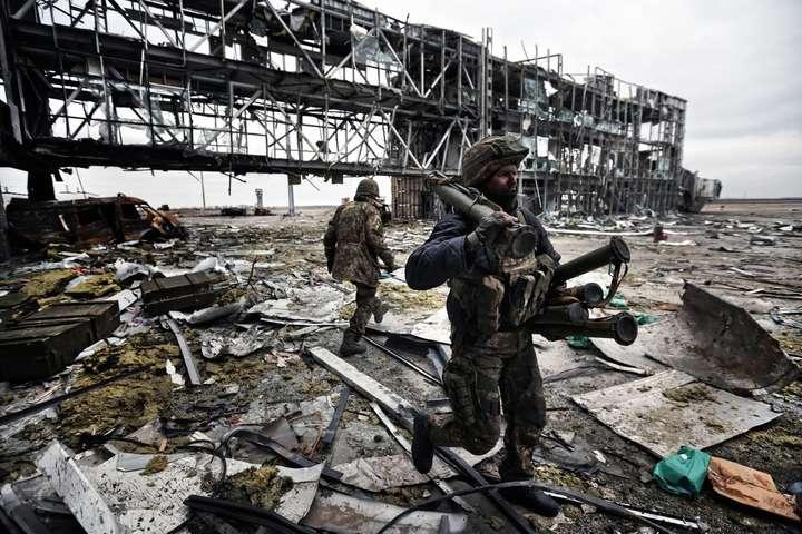 Фото: Сергей Лойко - Как «киборги» 242 дня сражались за Донецкий аэропорт. Фантастические фото украинских героев