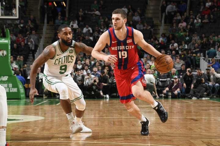 Святослав Михайлюк - Михайлюк встановив нові досягнення в НБА (відео)