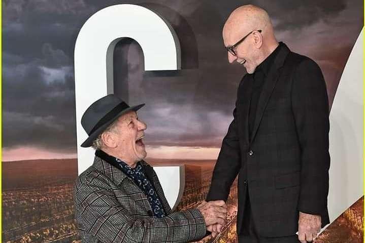 <p>Престарелые актеры удивили фанатов</p> <div></div> <p> — Иэн Маккелен и Патрик Стюарт страстно поцеловались на премьере сериала «Звездный путь» (фото)»></p></div> <div class=