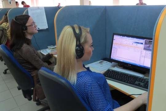 Оператори контакт-центру «Волиньгаз збуту» за рік опрацювали майже мільйон звернень