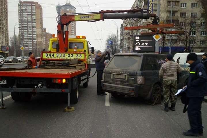 На штрафмайданчик відправилась чергова партія «героїв парковки» (фото)