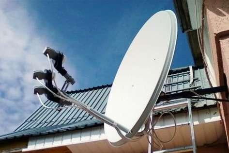 Щоб мати можливість користуватися послугами супутникового сигналу, абоненти «Відкритого супутника» повинні встановити провайдерский приймач і щомісяця платити абонентську плату - Українські медіагрупи перенесли дату кодування своїх каналів на супутнику