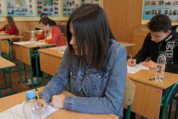 Реформа середньої освіти: в українських школах почнуть закривати 10 та 11 класи