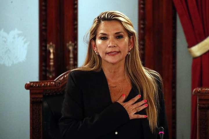 Глава МЗС Куби звинуватив болівійську лідеркуЖанін Аньєз в брехні та назвав її «очільницею заколоту» - Болівія оголосила про розрив дипломатичних відносин з Кубою