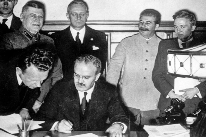 Росія прагне відбілити поділ Польщі між СРСР і Німеччиною