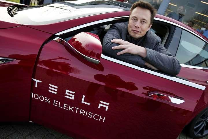 Зростання капіталу Ілона Маска сталося завдяки росту котирувань Tesla, які за тиждень виросли на 16% - Статки Ілона Маска за тиждень зросли майже на 1,7 мільярда доларів
